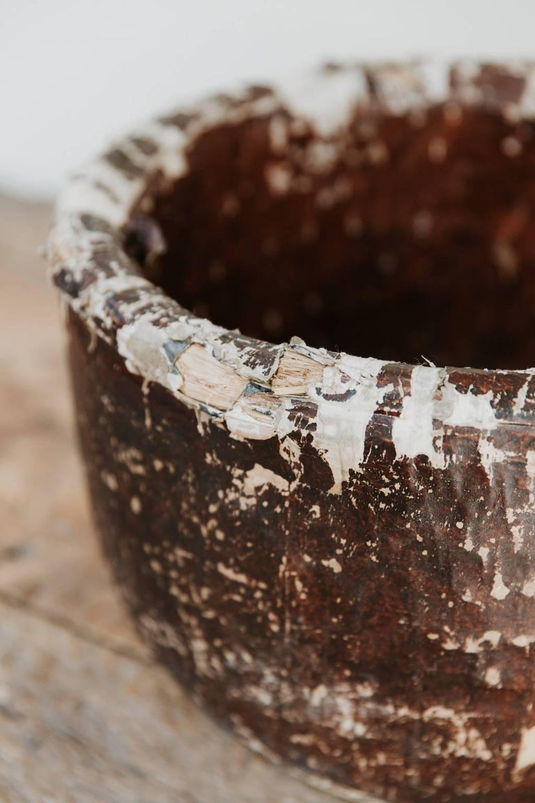 Very charming distressed teabowl, great patina.
