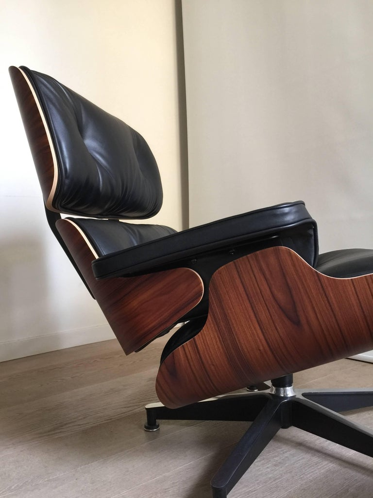 eames lounge chair and ottoman rosewood herman miller. Black Bedroom Furniture Sets. Home Design Ideas
