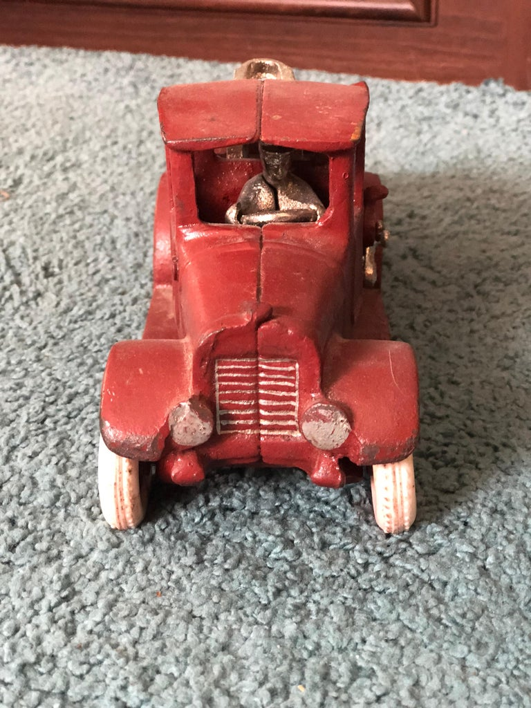 20th Century French Metal Model of a Red Toy Lorry Truck In Good Condition For Sale In London, GB