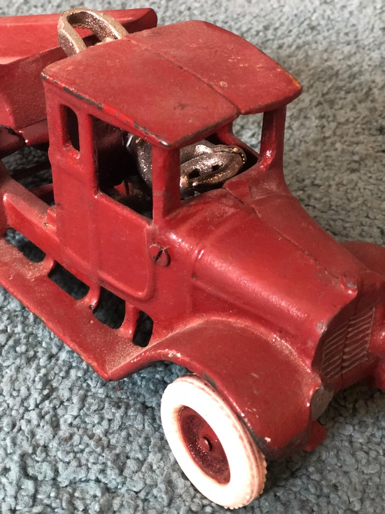 20th Century French Metal Model of a Red Toy Lorry Truck For Sale 1