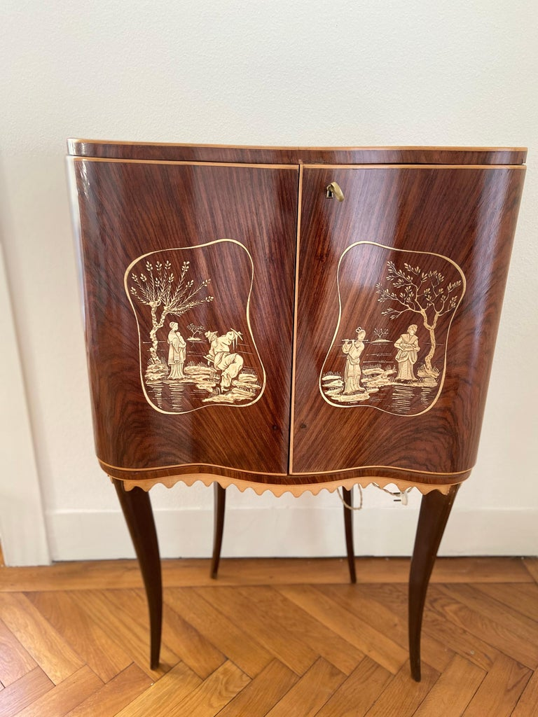 Italian Paolo Buffa Attr Mobile Dry Cocktail Bar Chinoiserie Cabinet, Mid-Century Modern For Sale