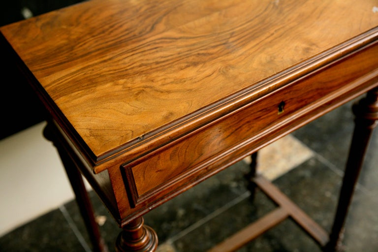 19th Century French Writing Sewing Stand in Bird's-Eye Maple Veneer For Sale 1