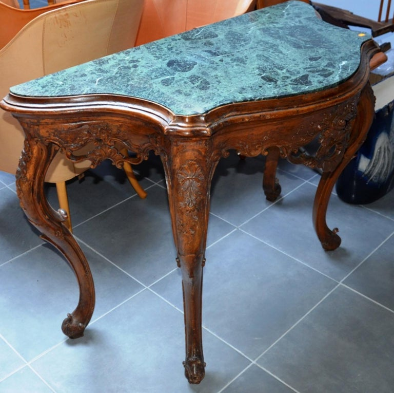 19th Century French Hand-Carved Marble-Top Console Louis XV Period In Good Condition For Sale In London, GB