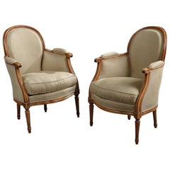 Elegant Pair of Antique French Armchairs in Beige Linen Fabric, circa 1880