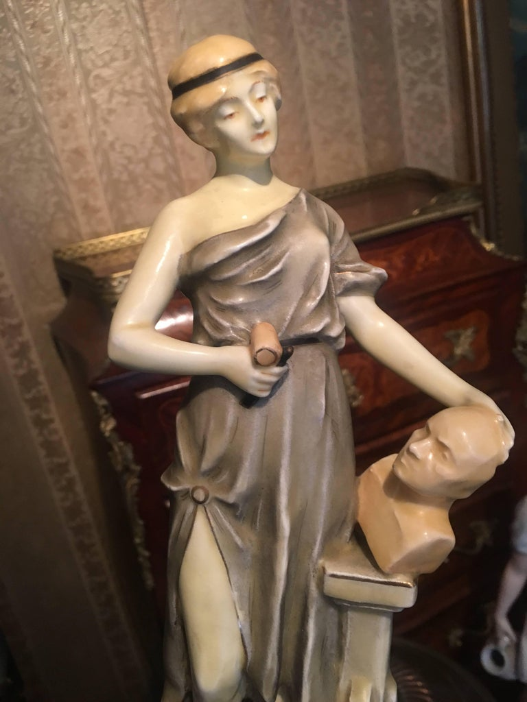 Royal Vienna Artist and Sculptor Ceramic Women For Sale 1