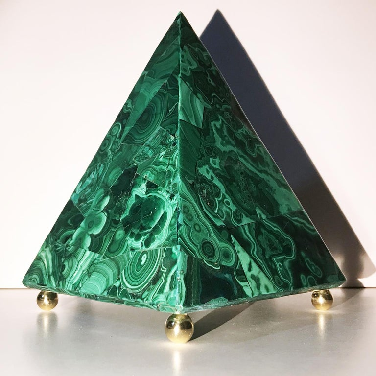 20th Century 20th Italian Neoclassical Green Malachite and Gold Bronze Sculpture of Pyramid  For Sale