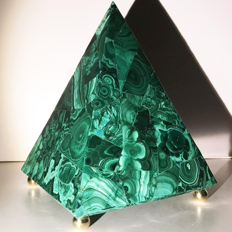 20th Italian Neoclassical Green Malachite and Gold Bronze Sculpture of Pyramid  For Sale 9