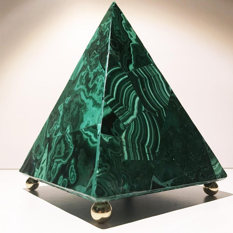20th Italian Neoclassical Green Malachite and Gold Bronze Sculpture of Pyramid  For Sale 12