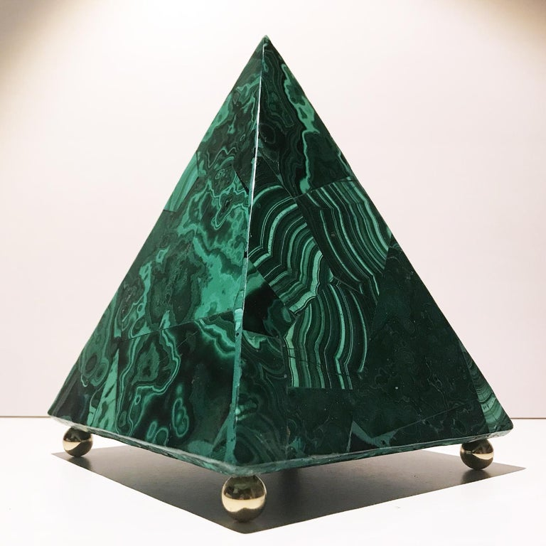 20th Italian Neoclassical Green Malachite and Gold Bronze Sculpture of Pyramid  For Sale 13
