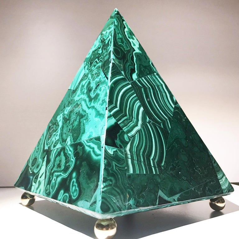 20th Italian Neoclassical Green Malachite and Gold Bronze Sculpture of Pyramid  For Sale 15