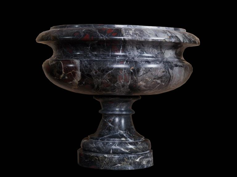 20th Century Neoclassical Couple Of Cachepot In Marmo Africano For