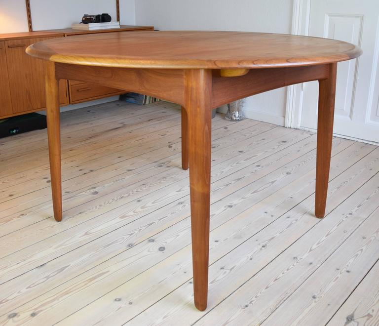 Teak Dining Table by Svend Aage Madsen In Good Condition For Sale In Nyborg, DK