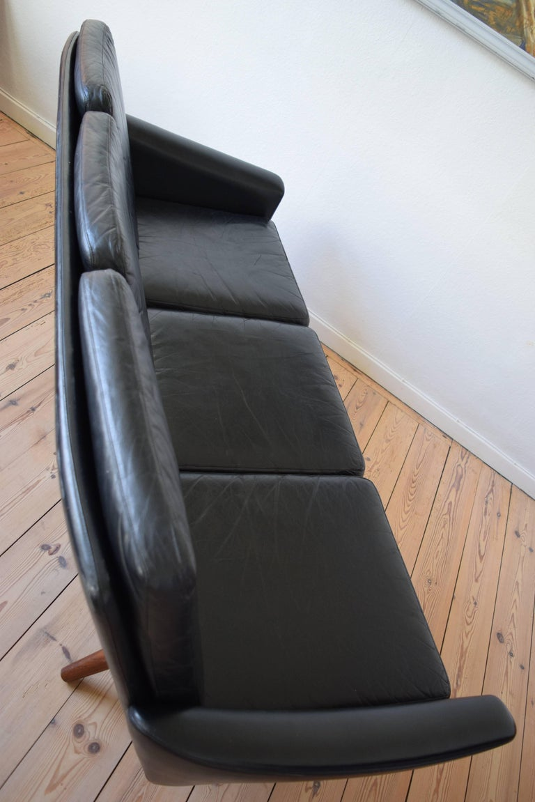 Danish Vintage Midcentury Sofa, 1960s For Sale 3