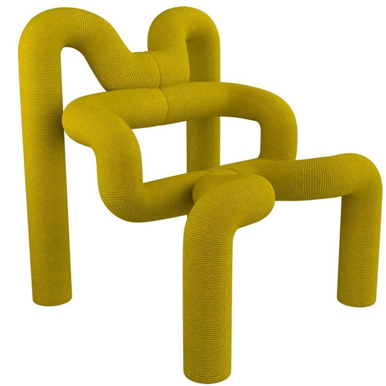 Pair of Iconic Yello Lounge Chairs by Terje Ekstrom, Norway, 1980s For Sale 1