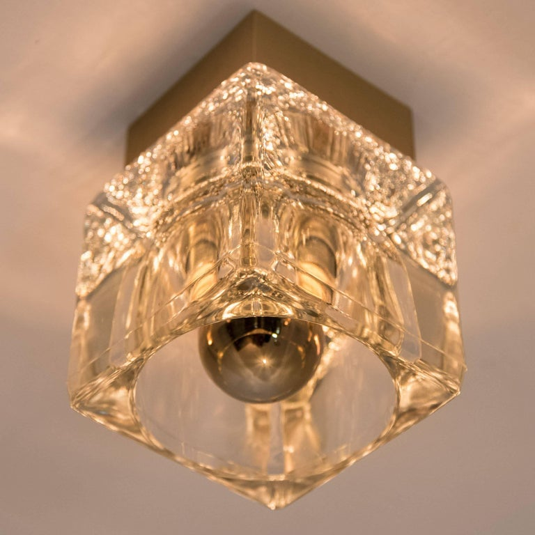 Set of Six Peill & Putzler Wall/Ceiling Lights Brass and Glass Cubes, 1970s In Excellent Condition For Sale In Rijssen, NL