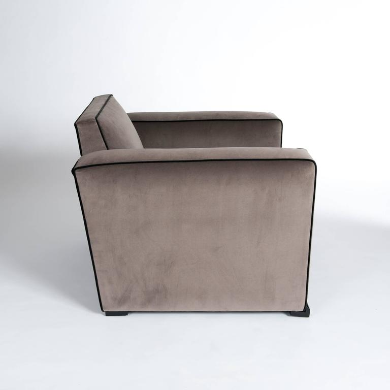 Mid-20th Century Pair of French Art Déco Jacques Adnet Club Chairs Cubistic Shaped Taupe Colored For Sale