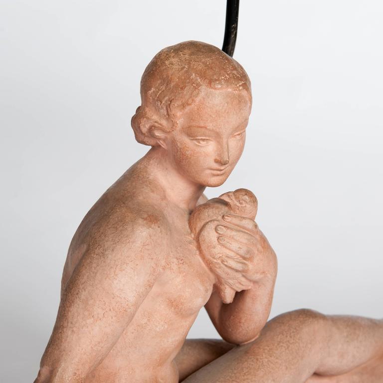 Französischen Jugendstil Figurative Tischlampe in Terrakotta 5