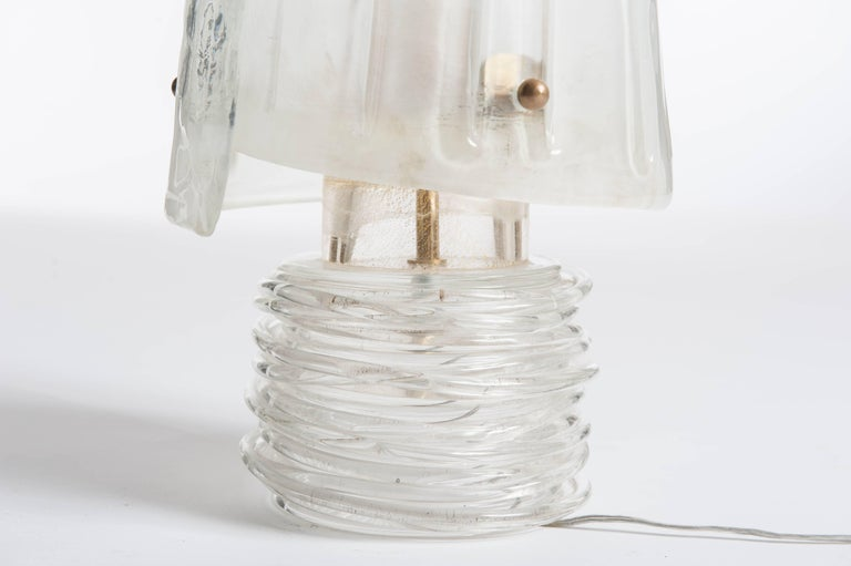 Mid-Century Modern Mid-Century Italian Translucent Murano Glass Table Lamp with Brass Details For Sale