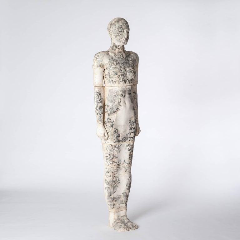 Zeitgenössische Lebensgroße Keramik Figur einer Frau von Dora Várkonyi 2