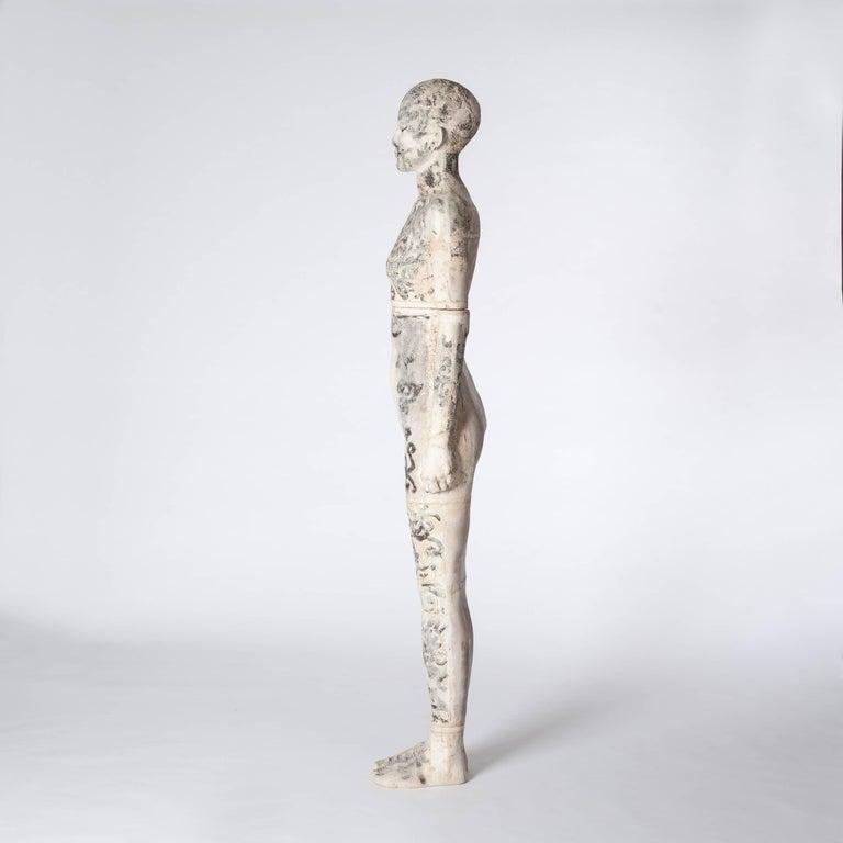Zeitgenössische Lebensgroße Keramik Figur einer Frau von Dora Várkonyi 3