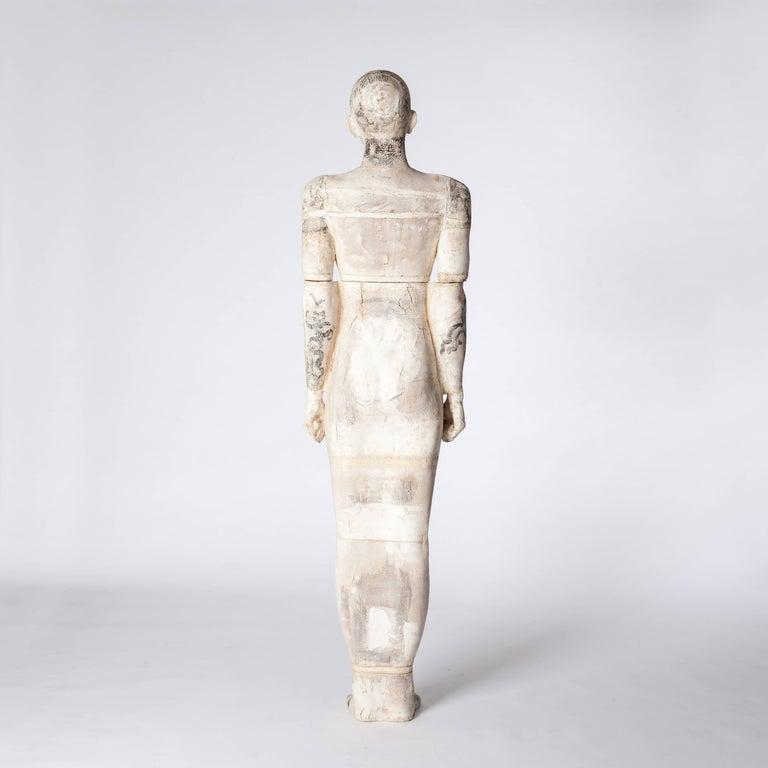 Zeitgenössische Lebensgroße Keramik Figur einer Frau von Dora Várkonyi 4