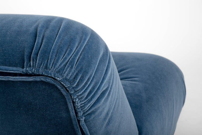 Pair of Mid-Century 1960s Italian Lounge Chairs in Blue Mohair with Chrome Legs For Sale 1