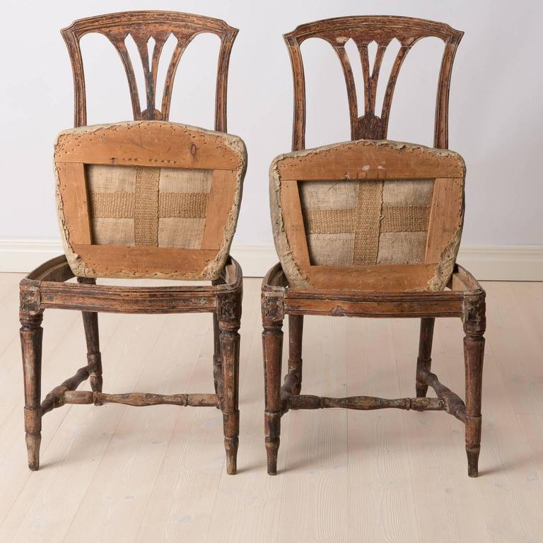 18th Century Pair of Late 1700s Swedish Gustavian Chairs For Sale