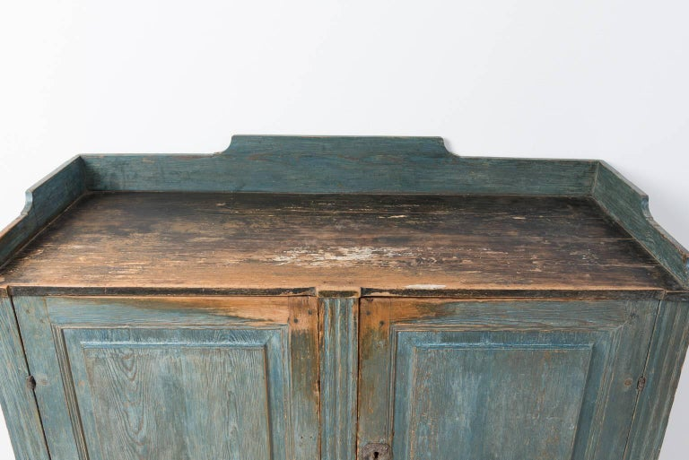 18th Century Gustavian Sideboard Dry Scraped to Original Paint For Sale 4