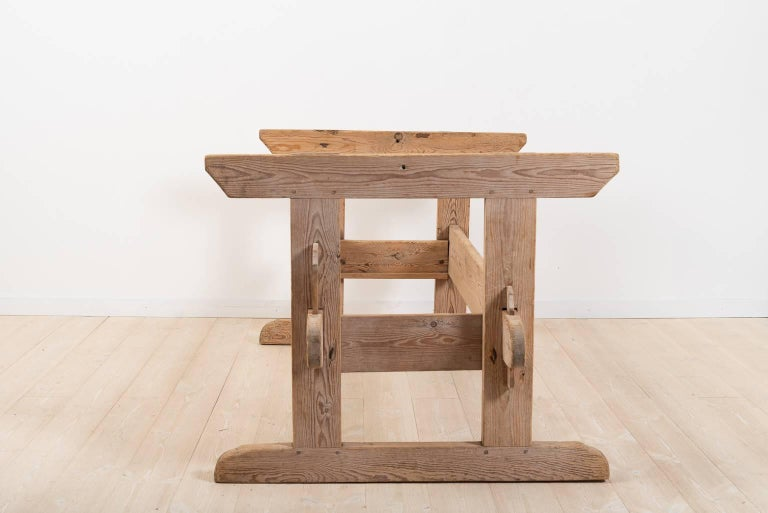 19th Century Swedish Farm Table In Excellent Condition For Sale In Kramfors, SE