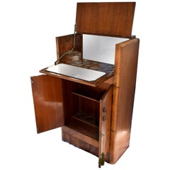 1930s Art Deco Fitted Walnut Cocktail Cabinet or Dry Bar