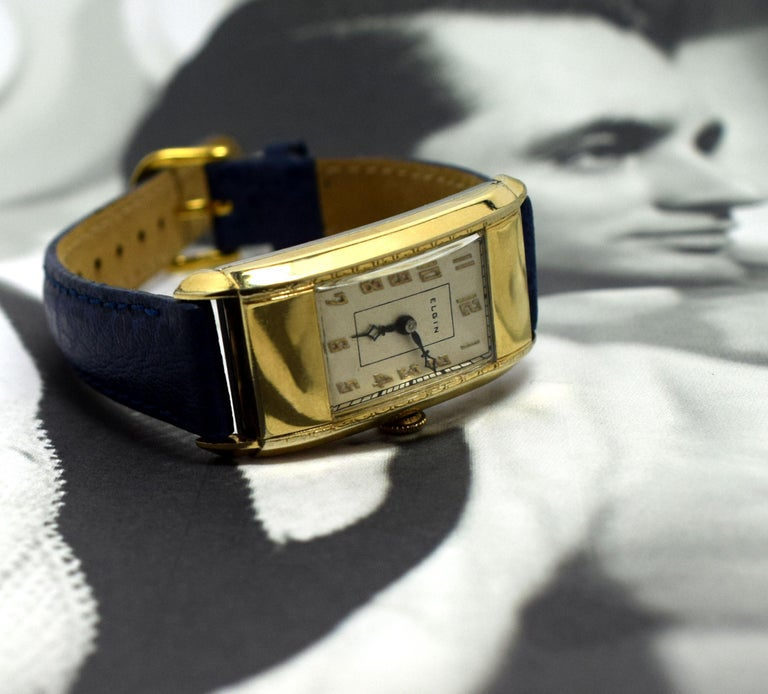 American Superb Art Deco Gents Gold Plated Wrist Watch by Elgin Dated 1937 For Sale