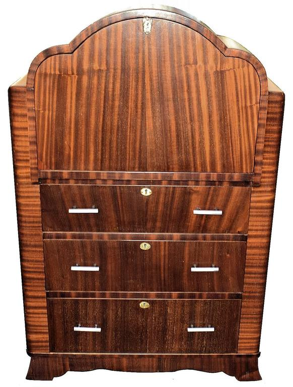 This is a fantastic 1930s art deco bureau of small proportions a really superb piece
