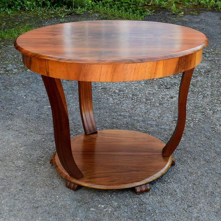 Great Britain Uk English Art Deco Coffee Table In Figured Walnut For