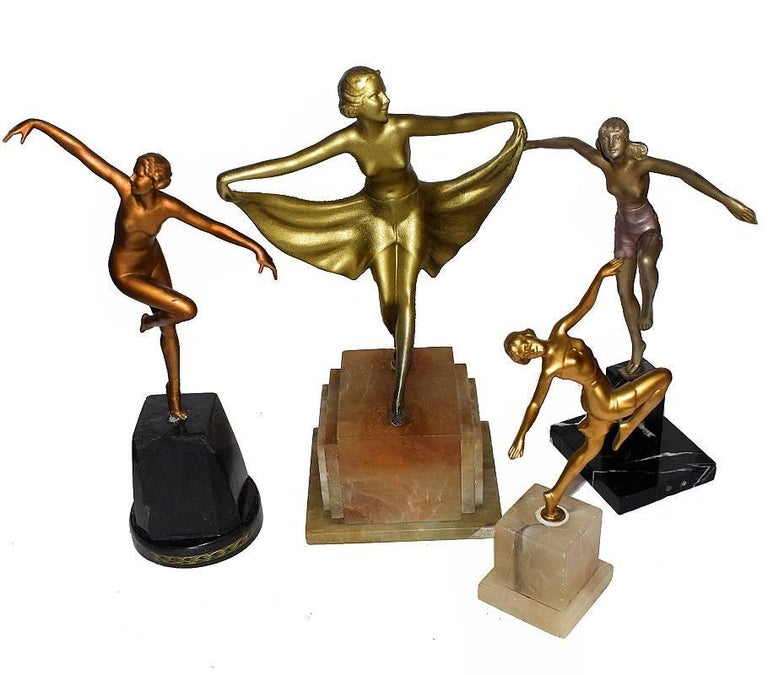 Art Deco Spelter Female Figural Dancer, 1930s  In Good Condition For Sale In Devon, England