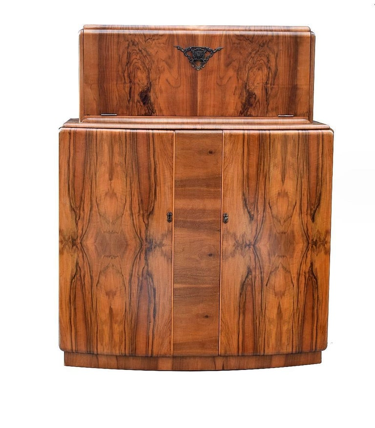 20th Century English Art Deco Walnut Cocktail Dry Bar For Sale