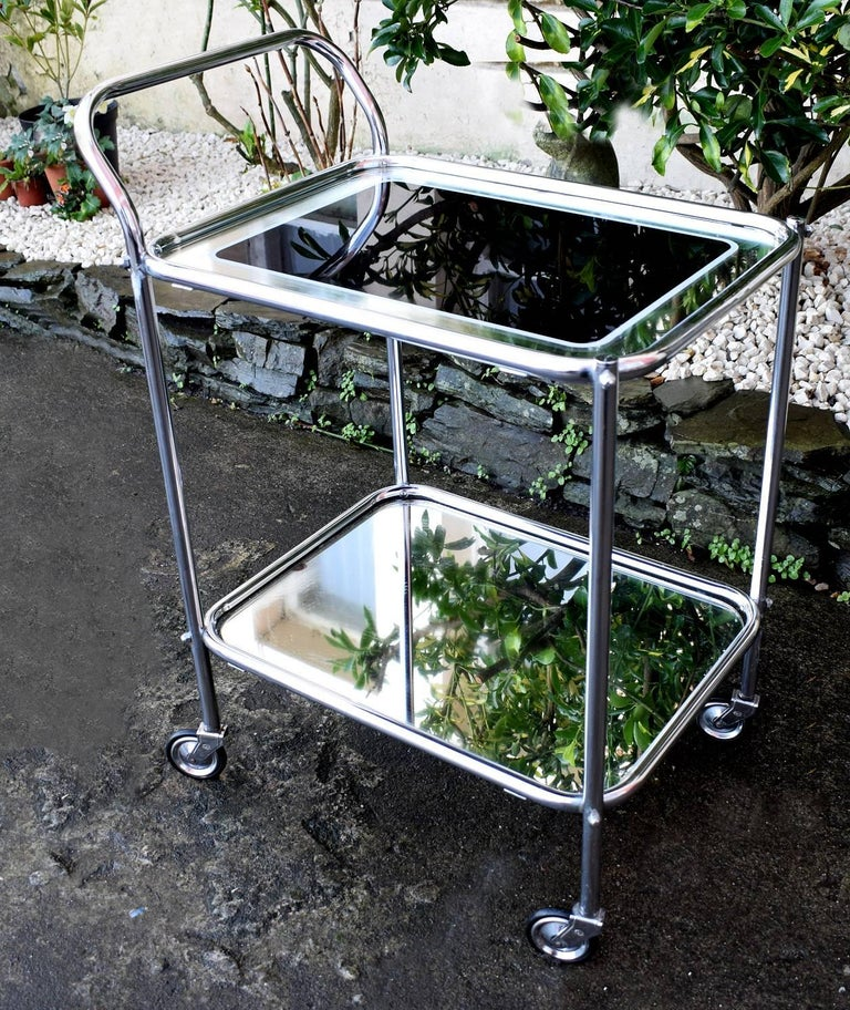 English Original Art Deco Chrome and Mirror Modernist Hostess Trolley For Sale