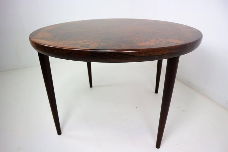 Rosewood danish design coffee table 1970s at 1stdibs for Scandinavian design coffee table
