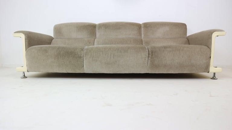 gerd lange for t 39 spectrum bz29 three seat sofa 1970 for. Black Bedroom Furniture Sets. Home Design Ideas