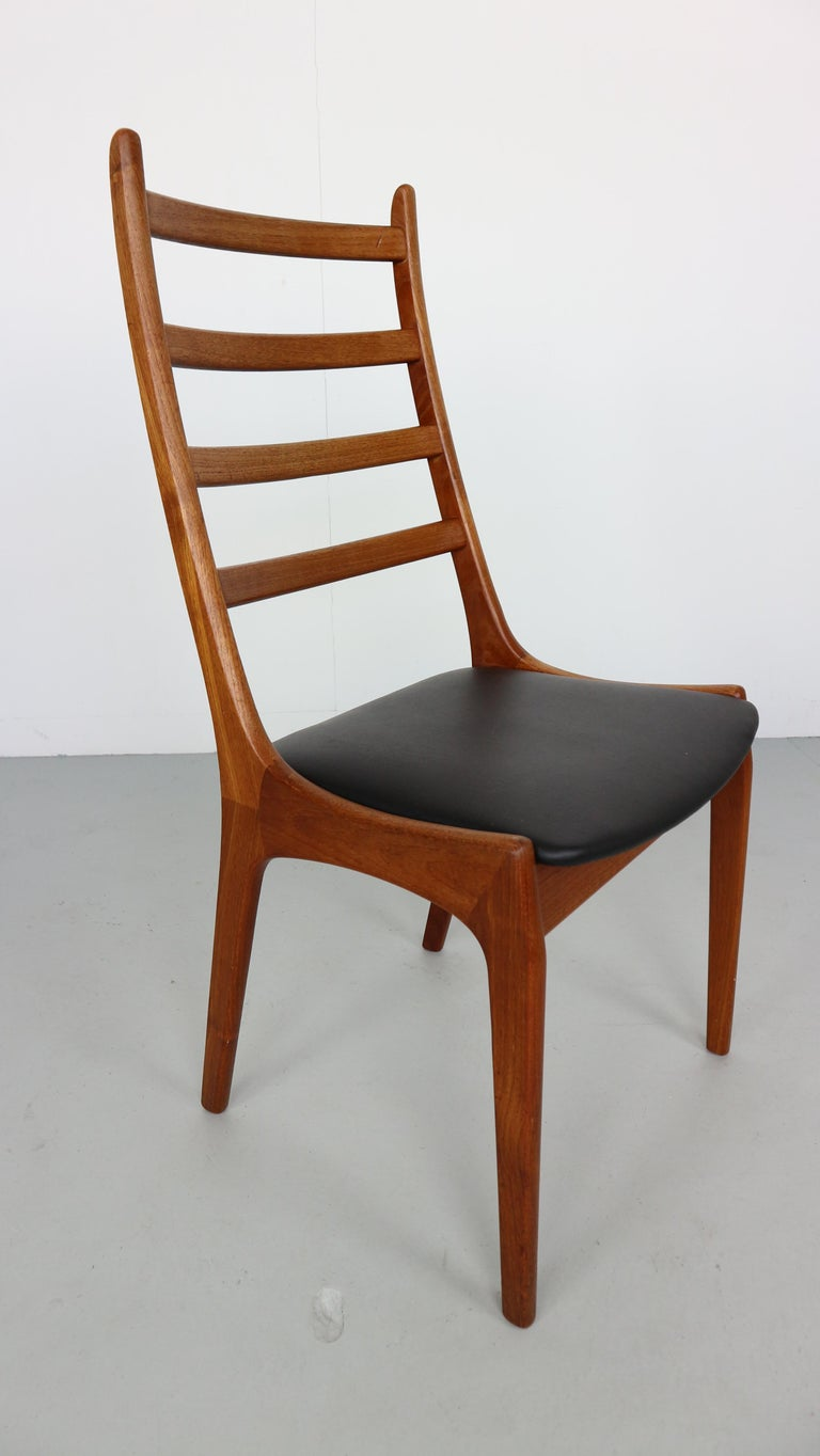 Danish Modern Teak Ladder Back Dining Chairs by Kai Kristiansen In Good Condition For Sale In The Hague, NL