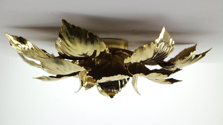 Brass Leaves Flush Mount Willy Daro, 1970s, Belgium In Good Condition For Sale In The Hague, NL