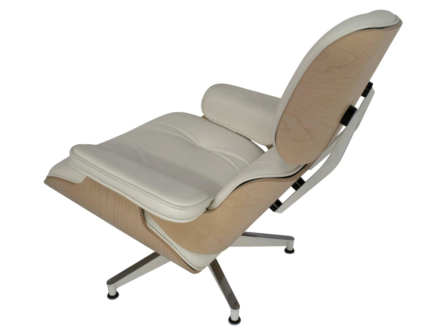 Eames Lounge Chair And Ottoman 670 671 In White Ash And