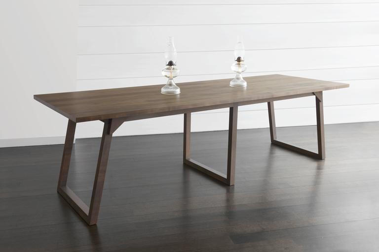 Familj Solid Wood Dining Table in Dark Walnut For Sale 1