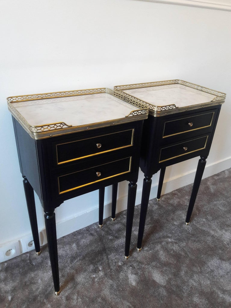 20th Century Pair of French Louis XVI Style Marble Nightstands For Sale