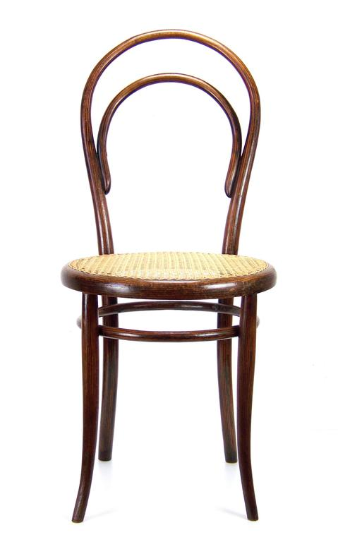 Viennese Chair Gebrder Thonet Nr14 circa 1860 For Sale