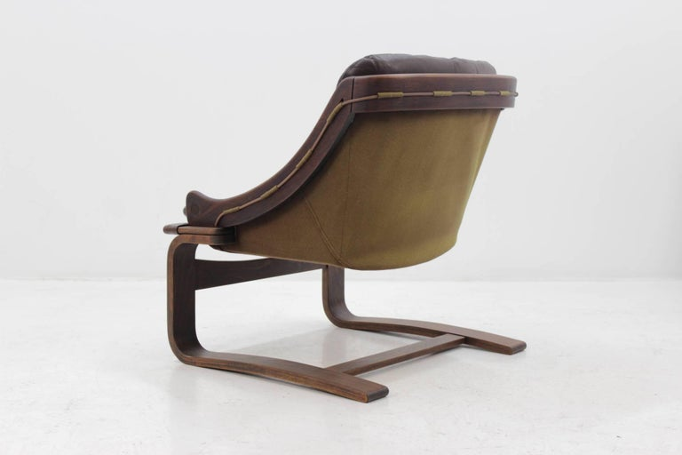 1970s Scandinavian Bentwood Leather Lounge chair by Ake Fribytter for Nelo Mobel In Excellent Condition In Praha, CZ