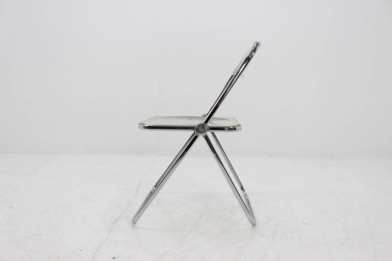 Very practical. Iconic design chair.