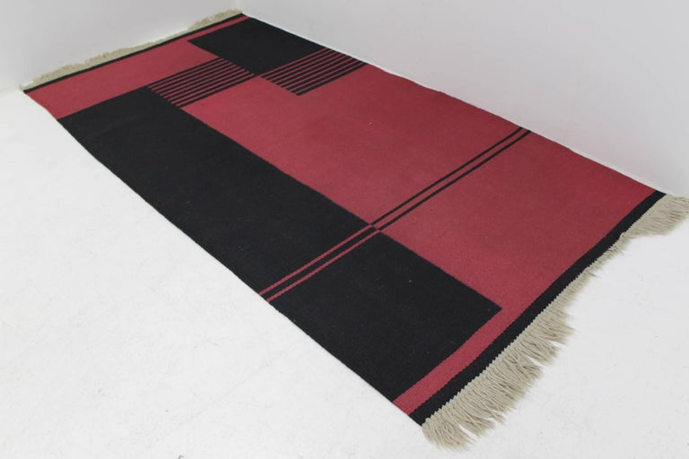 Midcentury Kilim Geometric Modernist Carpet In Good Condition For Sale In Barcelona, ES