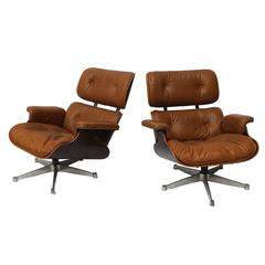 1956, Charles & Ray Eames, ICF, Two Turning Armchairs 670