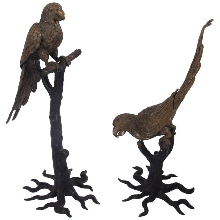 Pair of Parrots Sculptures, Early 20th Century For Sale