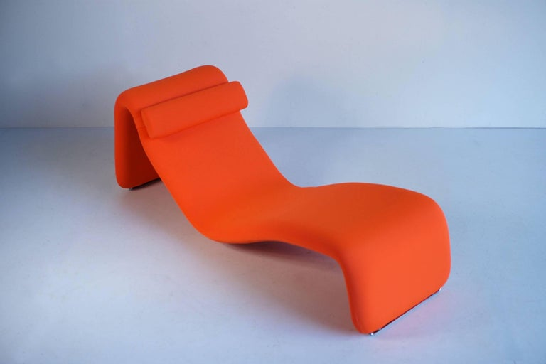 Olivier Mourgue (1939) for Airborne, lounge chair model 8412, France, 1965. Structure in curved steel tube, padding in polyurethane foam covered with a removable cover in Jersey